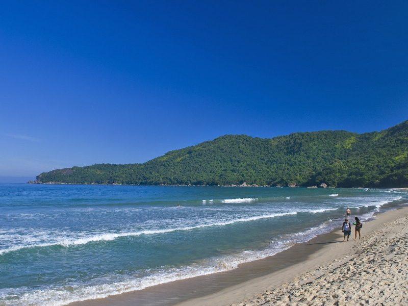 conheça a vila de trindade em paraty como chegar em trindade praias paradisiacas em trindade piscina natural do caixadaço