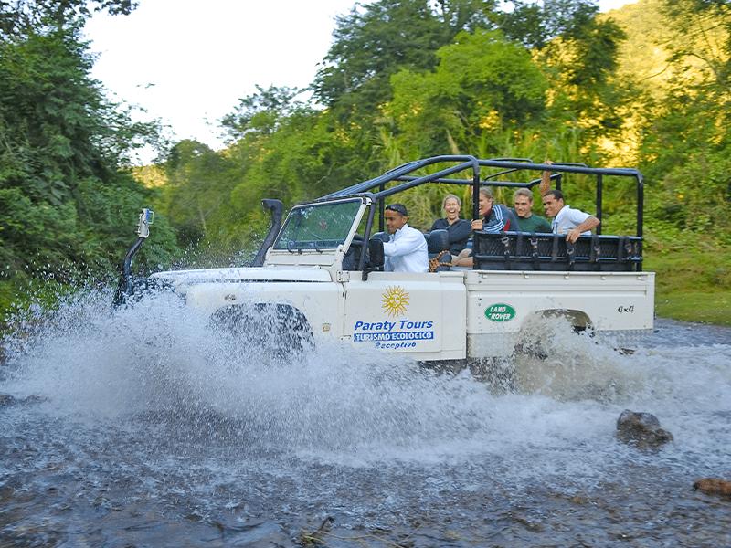 jeep tour em paraty passeio para alambique passeio para cachoeira cachoeira em paraty